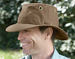 0f8f6bddd01b0 Outback Hats (TWC4 and TWC5) The Outback Hats are made from waxed cotton