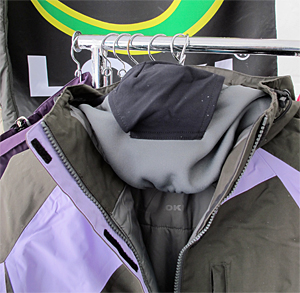 Loki jacket featuers