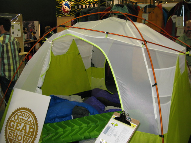 Big Agnes Gilpin Falls 4 Powerhouse & Titanium-Infused Garments Retro Rain Gear LED Tents - Trailspace.com
