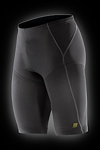 photo: CEP Compression Running Short active short