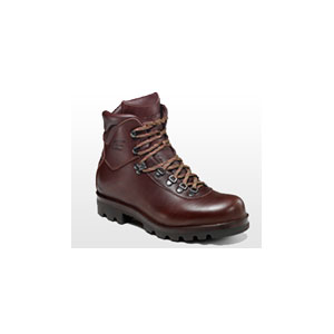 photo of a Esatto backpacking boot