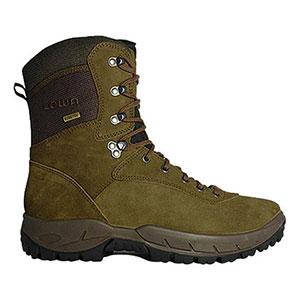 photo: Lowa Uplander GTX hiking boot