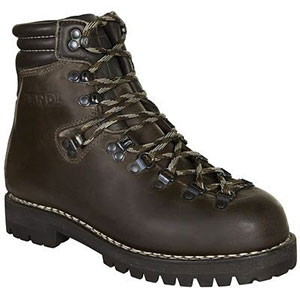 photo: Meindl Perfekt backpacking boot