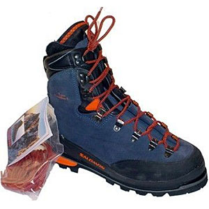 photo: Salomon Super Mountain 9 Guide mountaineering boot