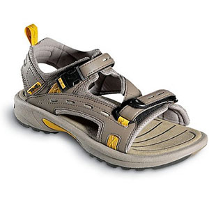 photo: Teva Kenetic Circuit sport sandal