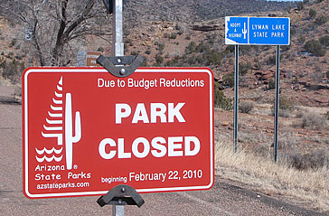 Arizona state park closing sign